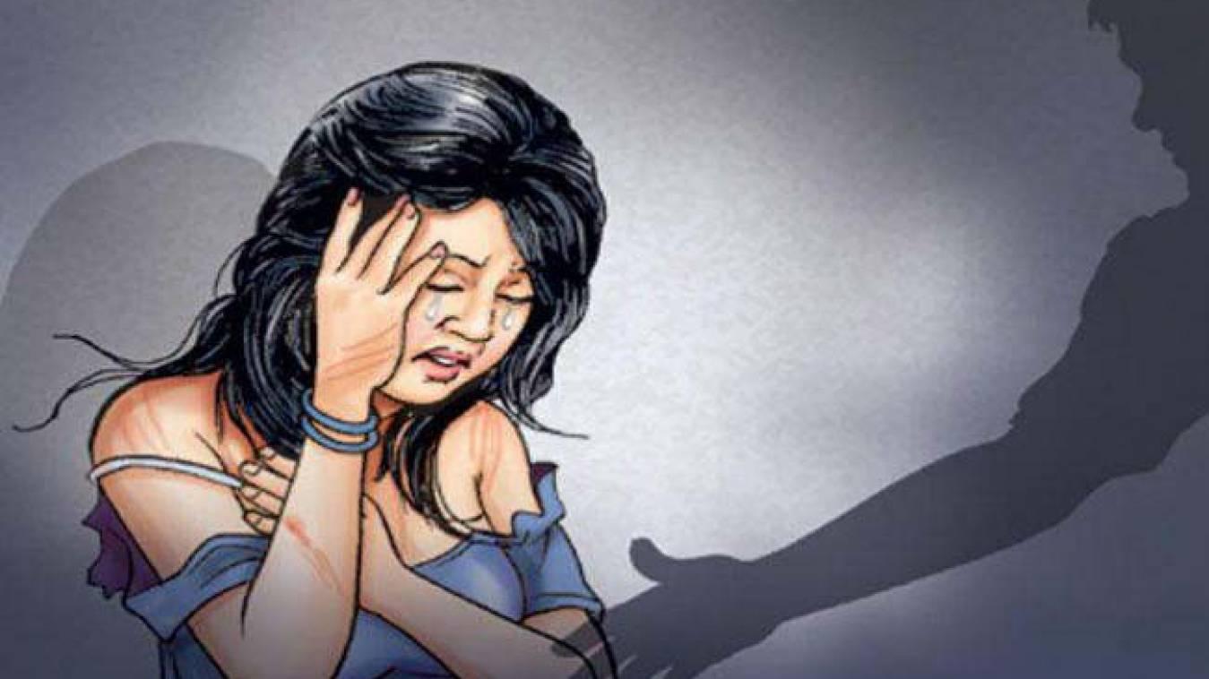 रामलीला देखकर घर लौट रही किशोरी से बलात्कार