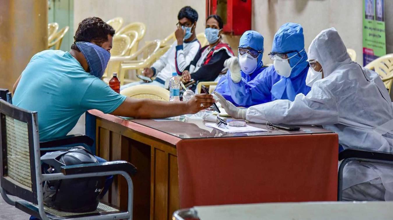 बनारस के जिला अस्पताल में पहुंचे कोरोना के सात संदिग्ध