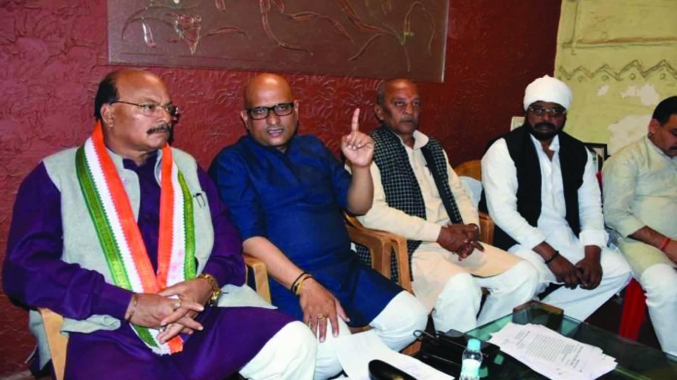 वाराणसी: कांग्रेस कार्यकर्ताओं पर मुकदमा लोकतांत्रिक अधिकारों का गला घोंटने जैसा- अजय राय