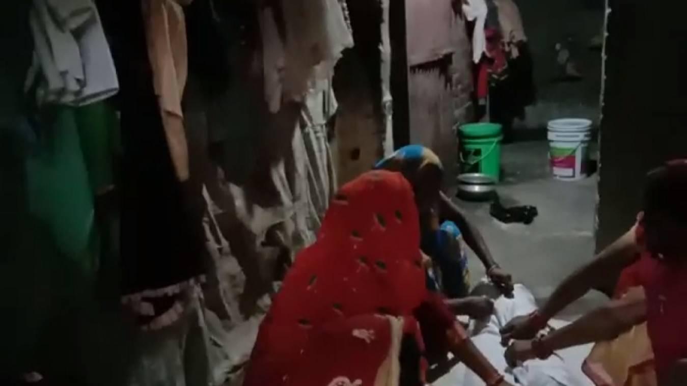 वाराणसी: प्रेम प्रसंग के मांमले में, 14 वर्षीय किशोरी ने लगायी फांसी