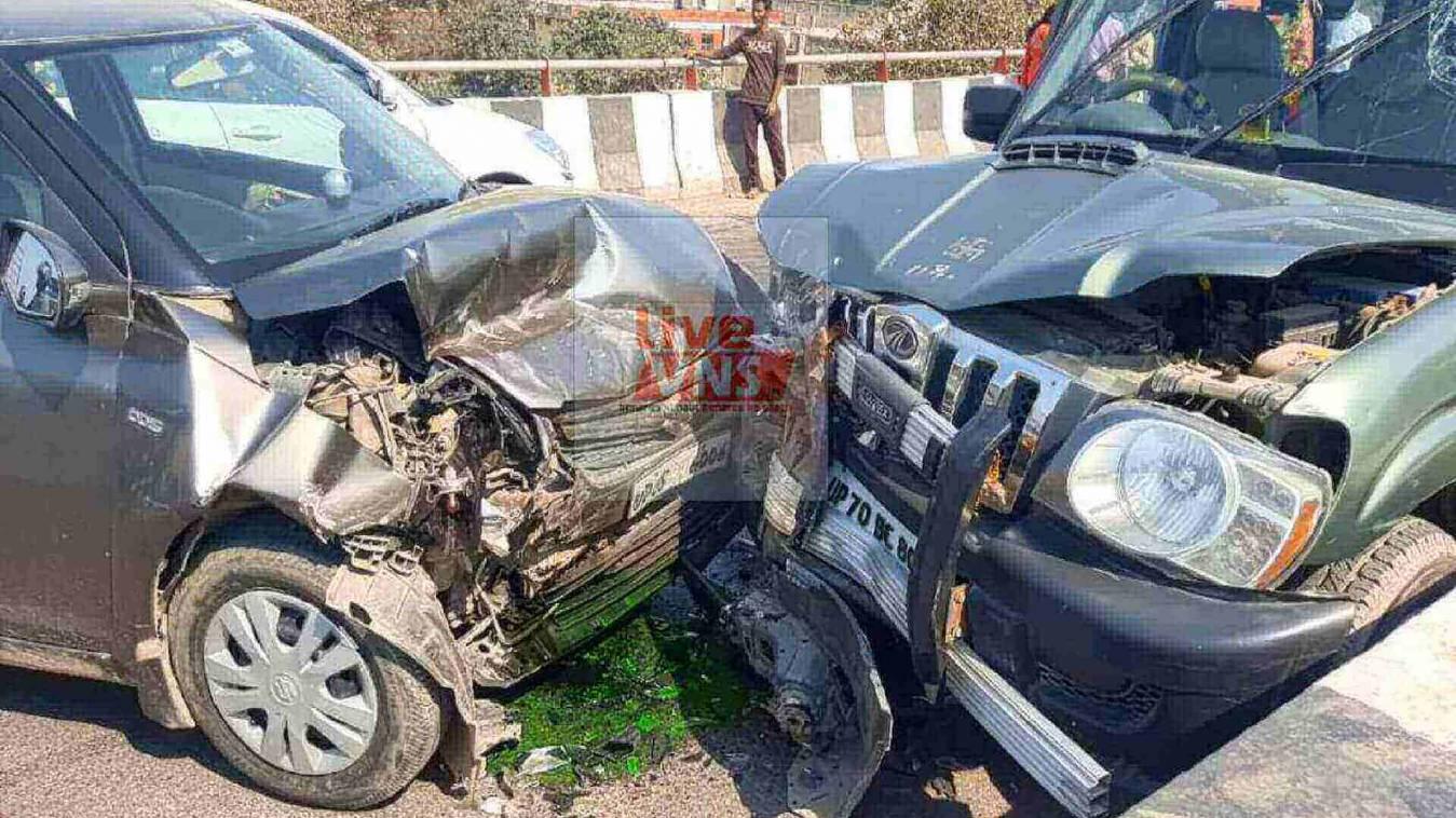 स्कार्पियो और कार में भीषन टक्कर, तीन लोग घायल