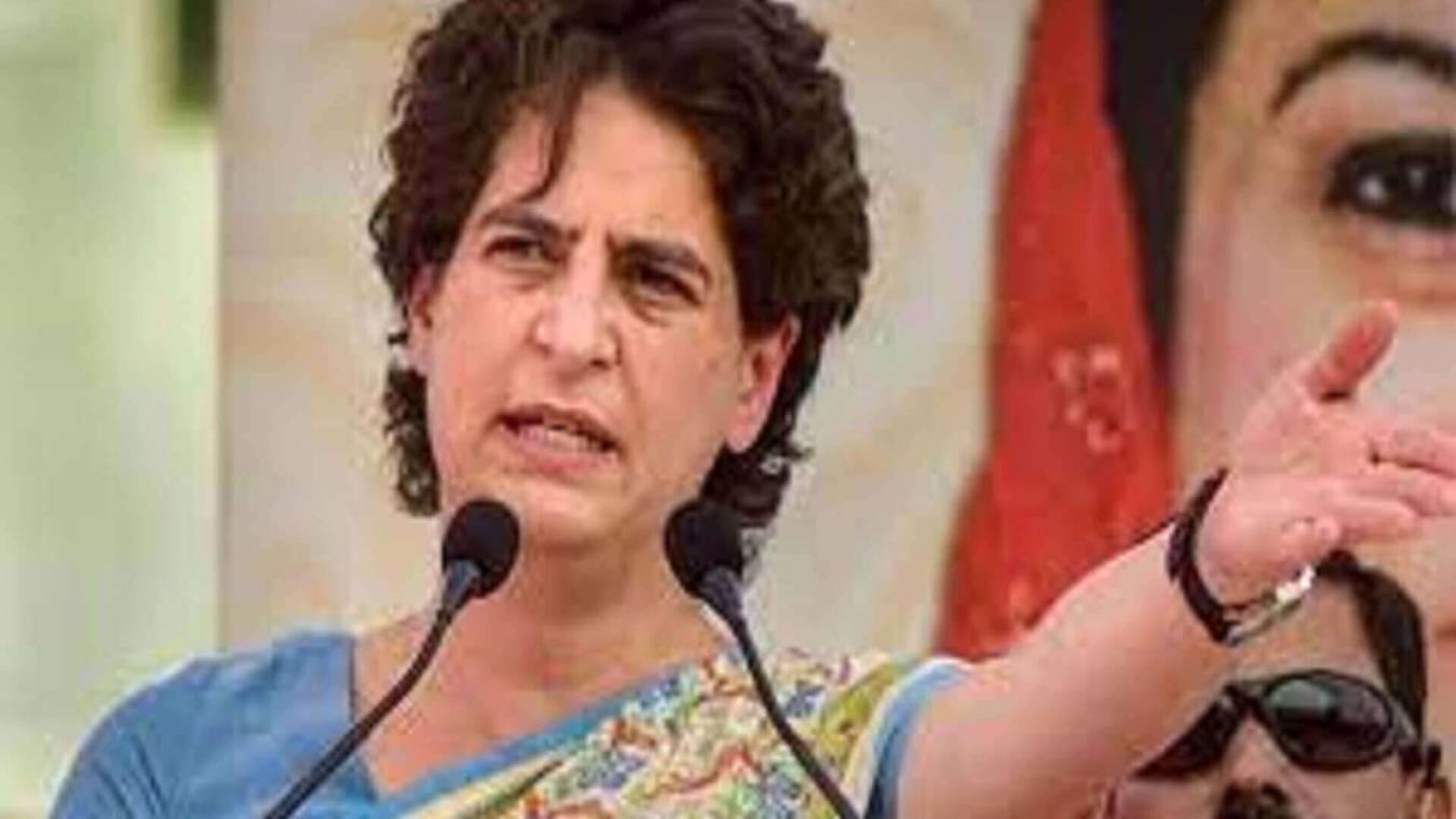 प्रियंका ने पीएम पर तंज कसते हुए कहा लोग ढूंढ रहे हैं दवाई और बेड, मोदी रैलियों में हंस रहे है